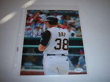 JASON BAY PITTSBURGH PIRATES O4 NL ROY JSA/HOLO SIGNED 8X10 PHOTO