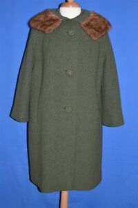 vintage 60s WOMEN'S GREEN WOOL MINK COLLAR BIG BUTTON WINTER COAT MOD JACKET L