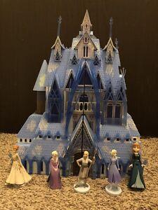Disney Frozen 2 Arendelle Castle Playset Doll House w/ Lights & Sounds & Figures