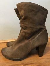 Tamaris Womens Brown Suede Boots Size 6