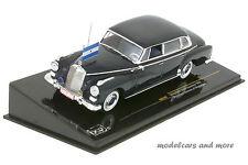 Mercedes-Benz 300D Limousine - Präsident Somoza von Nicaragua - 1:43 IXO CLC 187