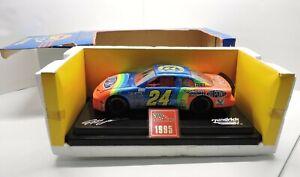 1995 Jeff Gordon Racing Champions 1/24  1995 Champion Car 24 Dupont monte carlo