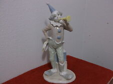 """COLLECTABLE """"CLOWN"""" HIGH GLOSS  PORCELAIN  FIGURINE....MADE IN TAIWAN"""