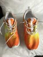 Ladies nike roshe trainers, hardly worn in excellent condition. Size 5