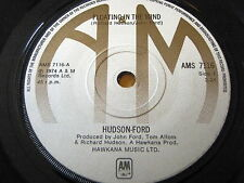 """HUDSON-FORD - FLOATING IN THE WIND  7"""" VINYL"""