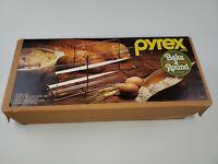 Pyrex Bake a Round (Corning)