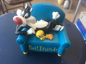 Westland Looney Tunes Sylvester & Tweety Best Friends On a Couch Musical Rare!!