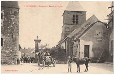 CPA 95 - LE PERCHAY(Val d'Oise) Entrée de la Ferme et l'Eglise (voiture, cheval)
