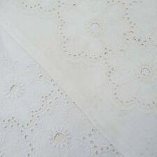 110 cm Breite Designer Weiß Solide Cutwork Bestickt Nähen Stoff By The Meter