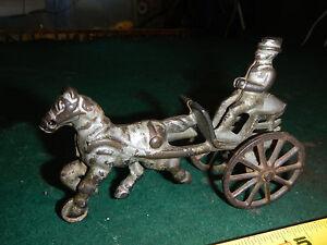Vintage Cast Iron Horse Carraige with Man Driver Hubley Arcade Kenton