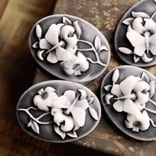 8pcs Vintage Resin Flatback Cameo Flower 25x18x7mm Gray and White HCRB0683