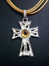 """Colgante """"cruz"""" de plata 925 con cuarzo citrino hecho a mano (C16)"""