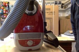 Miele C2  Complete Cat and Dog Vacuum Cleaner