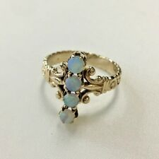 14k Gold Ring with Opal stones  Size: 6