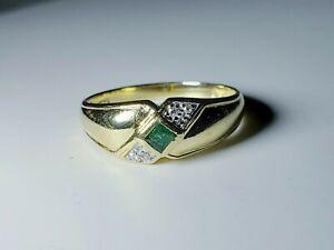 Elegant 10k Yellow Gold Emerald & Diamond Ring Size 7.5 / Anillo de Oro