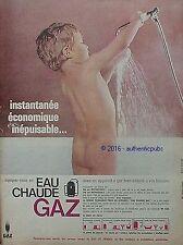 PUBLICITE GAZ DE FRANCE CHAUFFAGE EAU CHAUDE BEBE DOUCHE DE 1965 FRENCH AD PUB