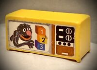 Vintage Fisher Price Little People Sesame Street - Yellow Television TV Grover