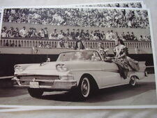 1958 FORD CONVERTIBLE  PACE CAR PARADE CAR ? 11 X 17  PHOTO  PICTURE