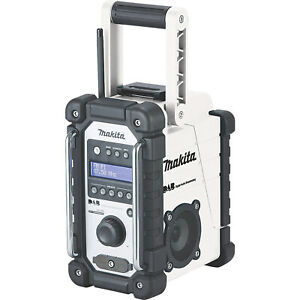 Makita Cordless Site Radio 12/18V DMR110W DAB+/FM With USB And AUX-IN