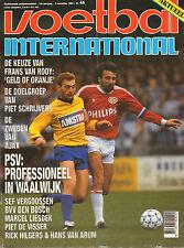 V.I. 1989 nr. 44  - VAN ROOY/PETTERSSON & LARSSON/VERGOOSSEN