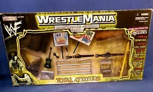 WWF WWE Wrestlemania 2000 Total Attitude Grapple Gear Set Jakks Ring Accessories
