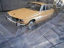 ROVER 3500 V8 Limousine dunkel gelb yellow RHD GB 1974 MCG NEU 1:18