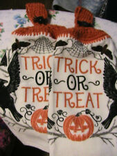 LOT OF 2 HALLOWEEN TRICK or TREAT RAVEN~SPIDER CROCHET KITCHEN~BATH HAND TOWELS