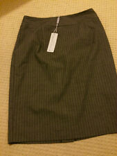 Brown Sugar Size 10 Grey Lined Striped Skirt