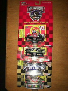 1998 NASCAR LOT #61 1:64 SCALE RACING CHAMPIONS NASCAR 50TH ANNIVERSARY LOT