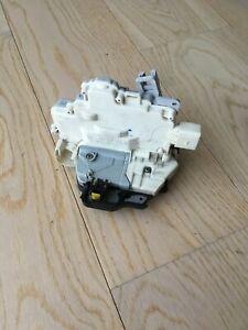 AUDI A4 B7 2006 RHD DOOR LOCK FRONT RIGHT SIDE 8E2837016AA