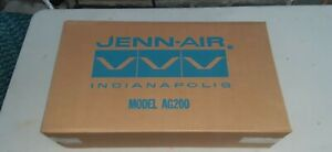 Jenn-Air replacement Gas Cooktop White Two Burner Model AG 200 W