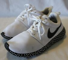 6d237b53849b NIKE ~ White Lightweight Fabric Mesh Sneakers Black Polka Dot Trim US 9 EU  40.5