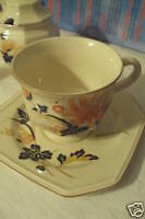 Mikasa Continental Ivory MAJESTIC F4005 Cup Saucer Set