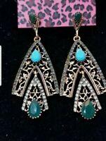 Betsey Johnson rare green rhinestone drop earrings Women fashion jewelry gift