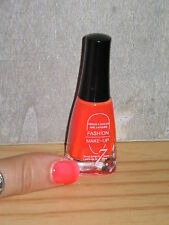 NOUVEAUTE  Vernis Fashion Make UP   N° 03 Orange Fluo       Neuf