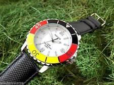 30 m (3 ATM) Armbanduhren aus Kunstleder und Edelstahl