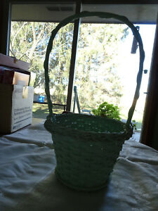 Basket - Light Green with Handle