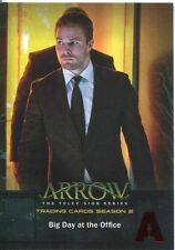 Arrow Season 2 Red Foil Parallel Base Card #2 Big Day at the Office
