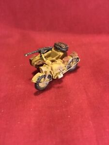1/72 WW2 German BMW And Sidecar DAK. Over 500 Scale 1-72 Models On Offer