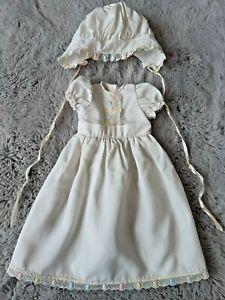 Robe Poupée FAMOSA 1450 Ancienne avec Bonnet -  Munecas made in Spain