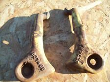 John Deere Disc, Pair of Scraper Brackets , 1 left 1 right , B27464 & B27465