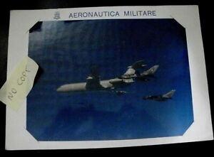 FOTOGRAFIA AERONAUTICA MILITARE Tanker VC-10 rifornisce in volo 2 Tornado A.M.