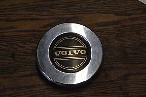 Volvo 740,760, 780 center cap hubcap - gold center