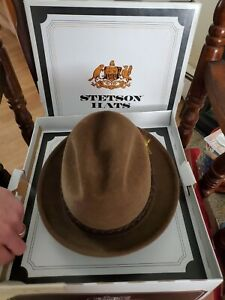 Sovereign Stetson Luxury Finish Caribou Brown Fedora Hat 7 1/4 with box