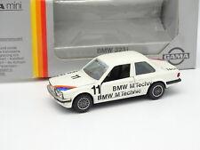 Gama 1/43 - BMW 323I E30 M Technic