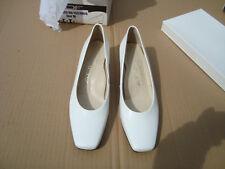 ADF --Womens White Dress shoes size 7B