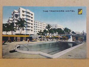 Unposted Linen Postcard K3456 ~ THE TRAYMORE HOTEL ~ Miami Beach, Florida