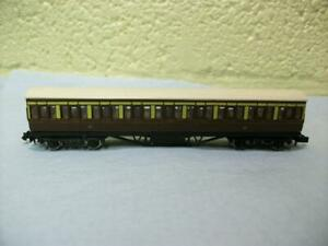 57ft Suburban Composite Coach 'GWR' By Graham Farish No 0604 'N' Gauge Light Use