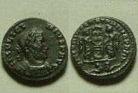 LICINIUS I Rare genuine ancient coin Roman captives Victories shield Lyons mint