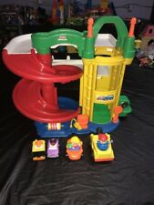 Fisher Price Little People Racin Ramps Garage With Tow Truck With Sounds Lot 2